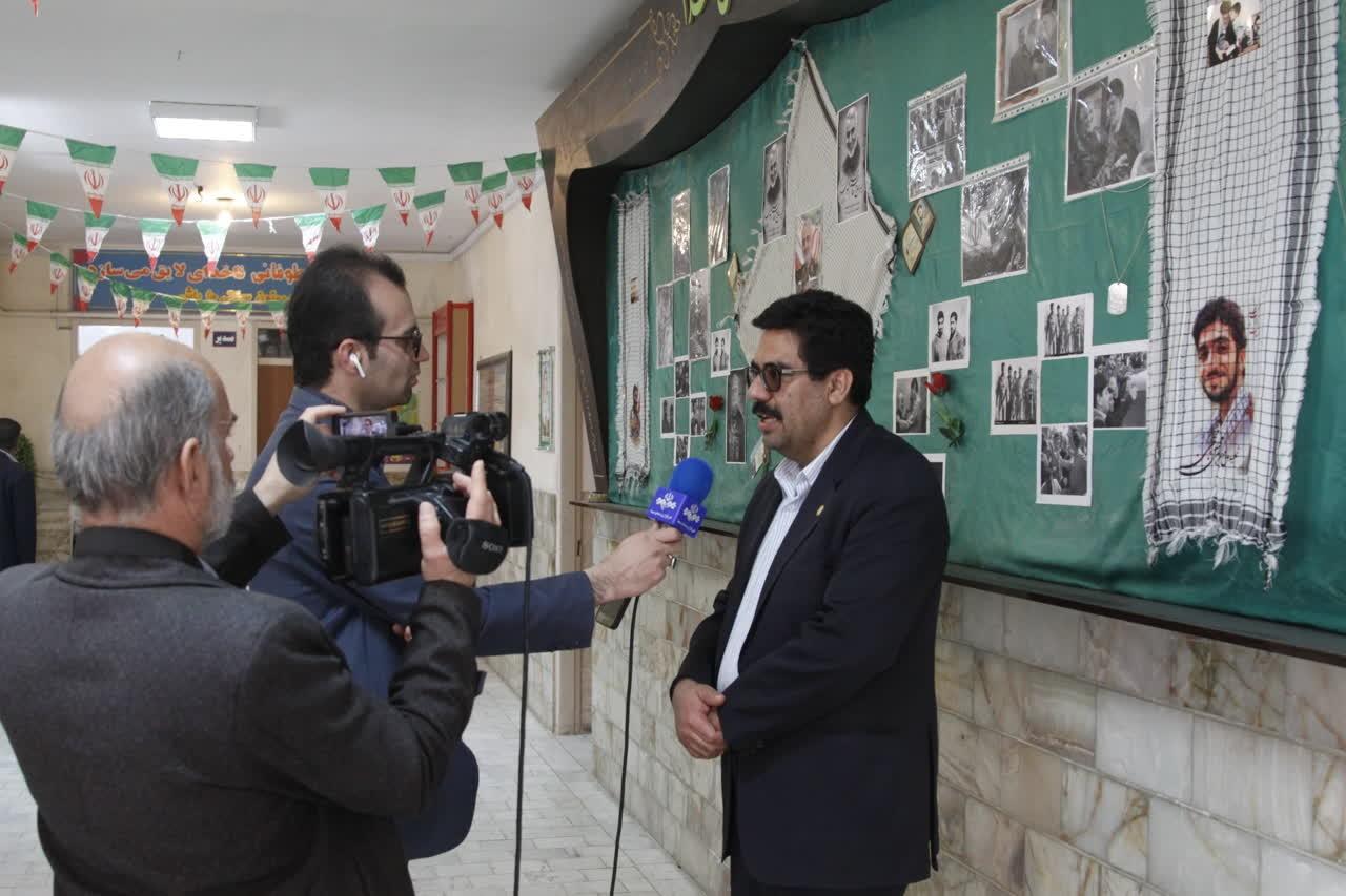 اداره کل نوسازی مدارس استان یزد - جشنواره های خیری مدرسه محور شهرستان اردکان برگزار شد