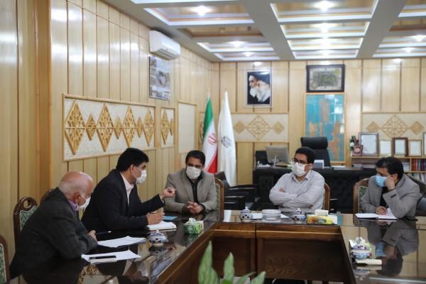 دیدار مدیرکل نوسازی مدارس استان یزد با فرماندار بهاباد در راستای طرح آجر به آجر برای همکاری بیشتر