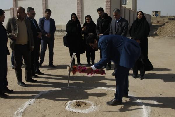 آغاز عملیات اجرائی ساخت آموزشگاه 12 کلاسه بنام شهید ابومهدی المهندس در یزد