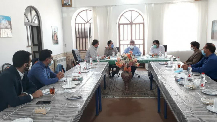 در راستای پروژه مهر،جلسه مشترک مدیران اداره کل نوسازی مدارس با روسای آموزش و پرورش زارچ و اشکذر برگزار شد