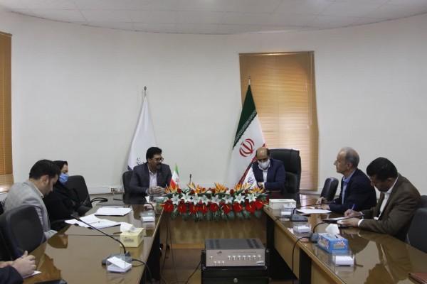 دیدار مدیرکل نوسازی مدارس استان با مدیر کل آموزش و پرورش استان یزد به مناسبت روز معلم