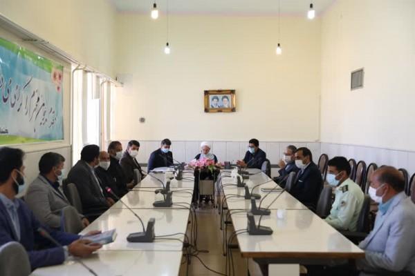 برگزاری جلسه ای در بخشداری خضر اباد در راستای معرفی و پیشبرد طرح آجر به آجر