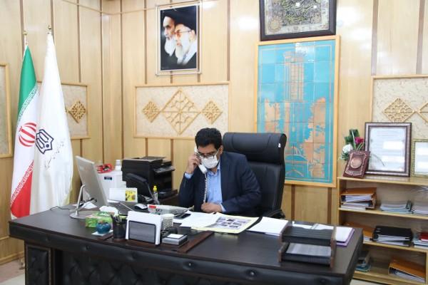 گفت و گوی تلفنی مدیرکل نوسازی مدارس استان یزد با تعدادی از خانواده های معزز شهدا
