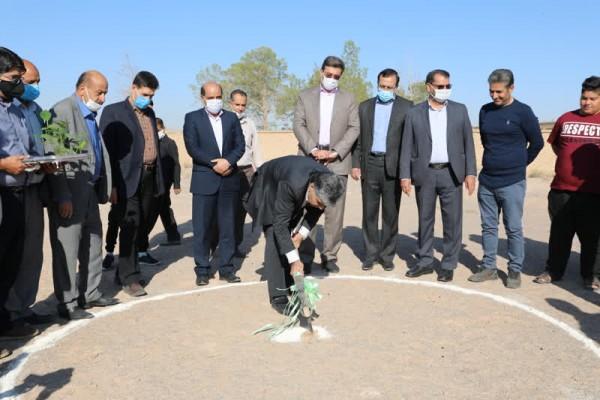آغاز عملیات اجرایی ساخت چهل و دومین مدرسه در سال99دریزد