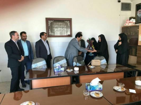 مدرسه ایرانی ؛ بانوی مهربانی